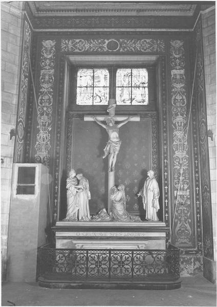 Groupe sculpté : le calvaire, vue générale