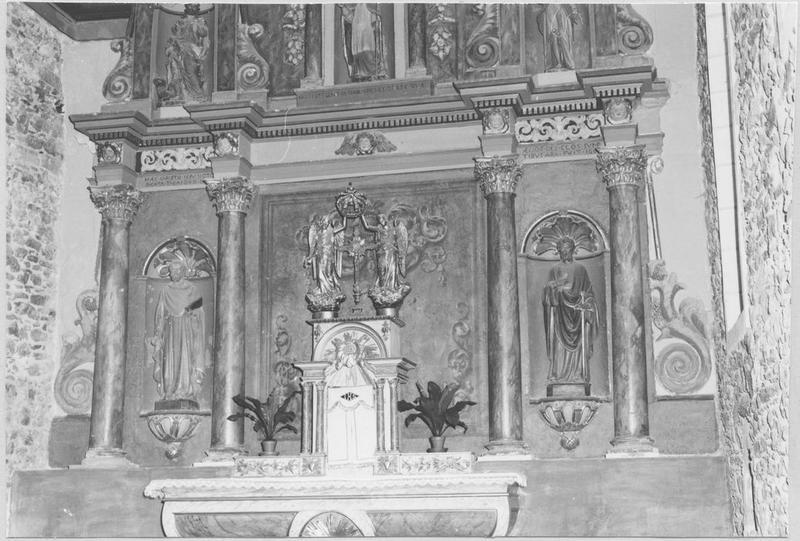 Retable (maître-autel)