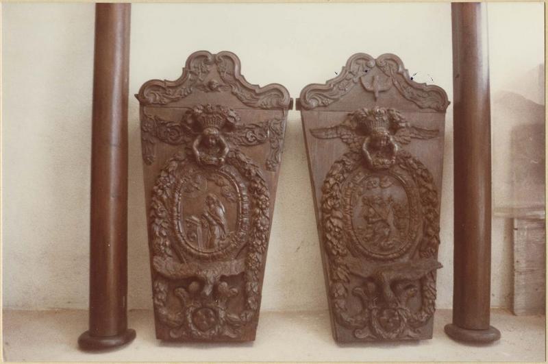 Porte-croix (2)