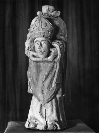 statue : saint Denis, bois polychrome, 17e siècle
