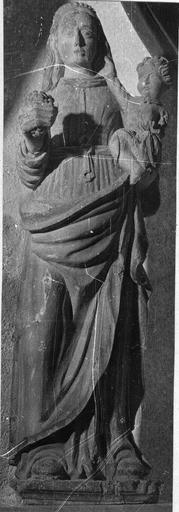 Statue : Vierge à l'Enfant bois polychromé, 16e siècle, avant restauration