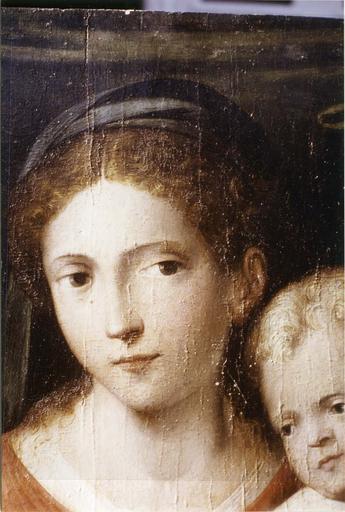 Tableau : Le Mariage mystique de sainte Catherine, panneau peint attribué à Raphaël, début du 16e siècle, détail du visage de la Vierge