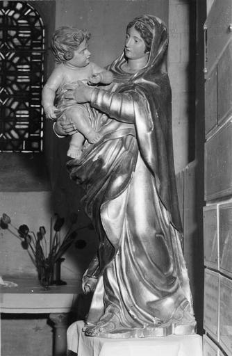 Statue : Vierge à l'Enfant, bois doré et peint, 18e siècle