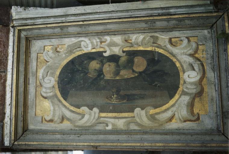 lambris de revêtement, bois peint, détail d'un médaillon contenant des cerises