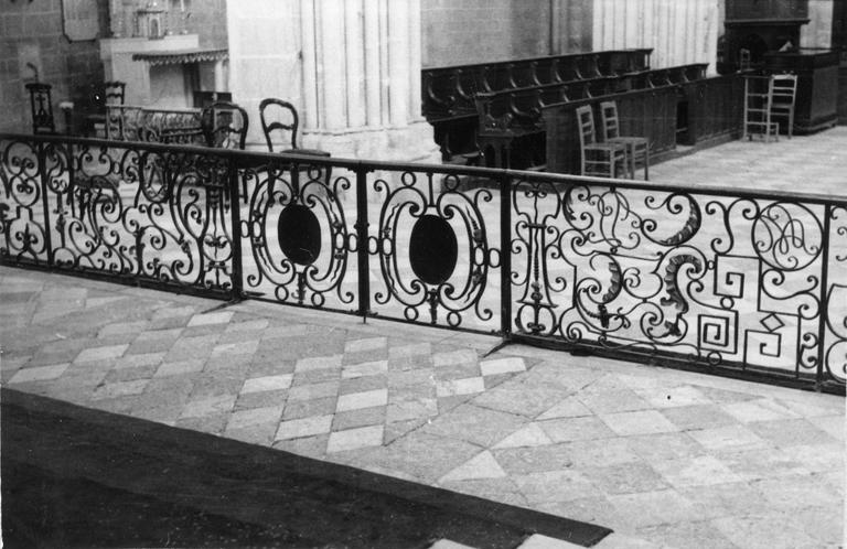 Grille de communion, fer forgé, fin du 17e - début du 18e siècle, vue du côté interne