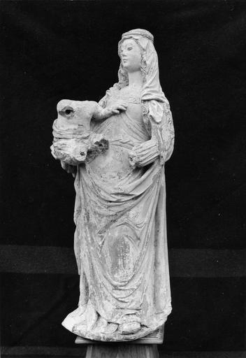 Statue : Vierge à l'Enfant, pierre, 16e siècle, vue par la droite