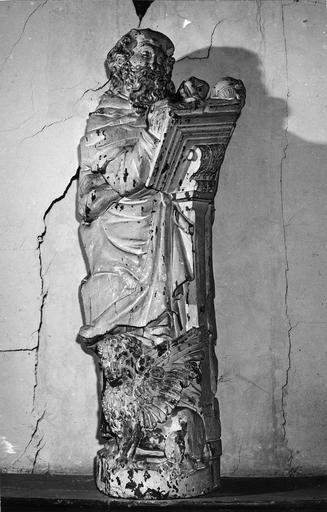 Statue : saint Marc écrivant le Lion ailé à ses pieds, bois polychrome, 16e siècle