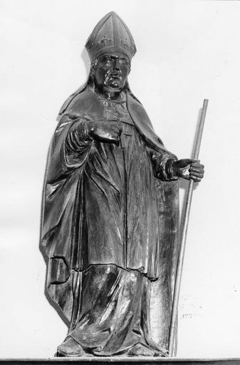 Statue : évêque, bois, 17e siècle