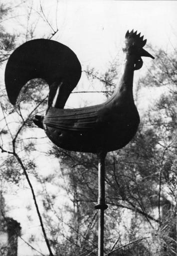 Coq de faîtage, tôle, 17e siècle, volé fin août 1973