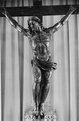 Crucifix, bois, 17e siècle