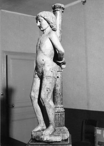 Statue : saint Sébastien, bois, 16e siècle, vue de profile