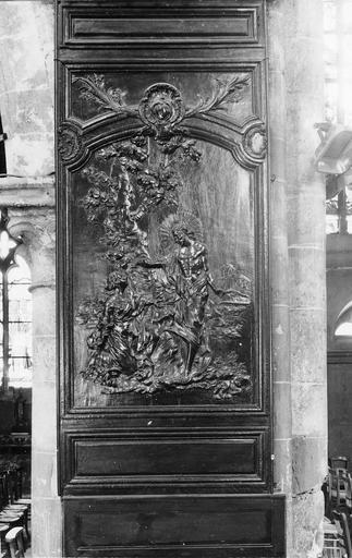 Dossier sculpté de banc d'oeuvre, bois, 18e siècle, représentant une scène de Noli me tangere