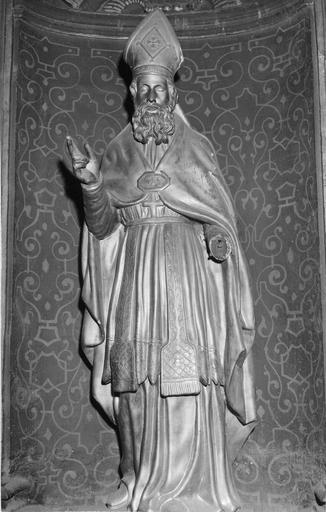 Statue : évêque, bois doré, 18e siècle