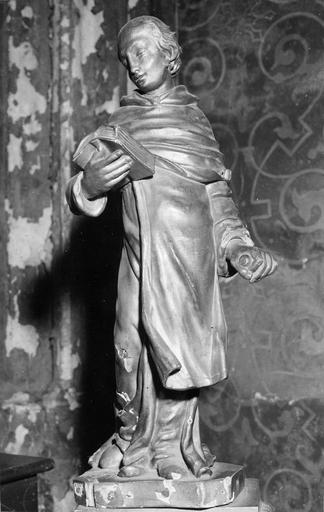 Statue : religieux lisant, bois doré, 18e siècle