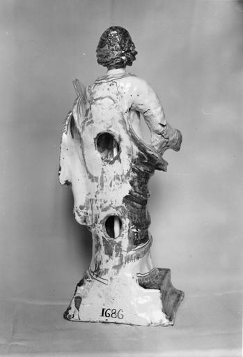 Statuette : saint Pierre, faïence de Nevers, 1686, vue du revers