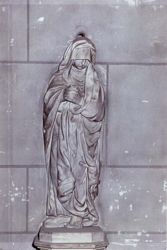Statue : Orante, par Nicolas Hubert, marbre, 17e siècle