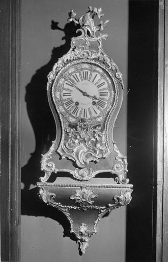 Cartel, bois, style Louis XV