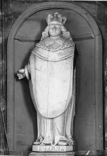 Statue : saint Louis sous les traits de Louis XVI, bois, fin du 18e siècle