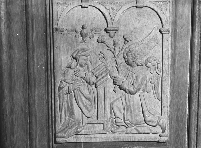 Panneau de bois sculpté, représentant l' Annonciation, 16e siècle