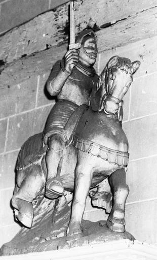 Statue : saint Maurice, bois, 16e siècle