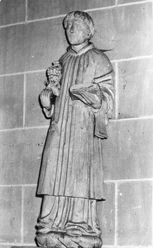 Statue : saint Vincent, bois, 17e siècle