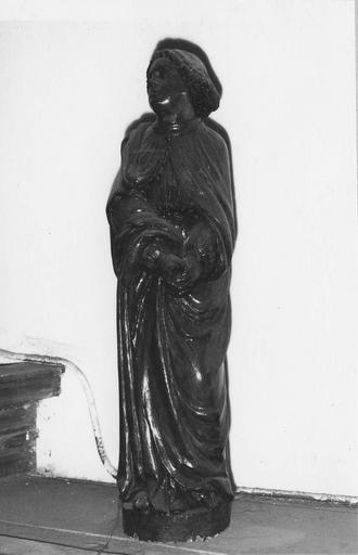 Statue : saint Jean, bois, 16e siècle, devait appartenir à un groupe de calvaire