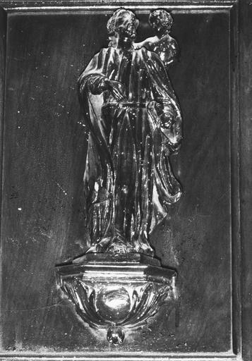 Statuette de chaire à précher, représentant saint Luc, bois, 17e siècle, oeuvre volée