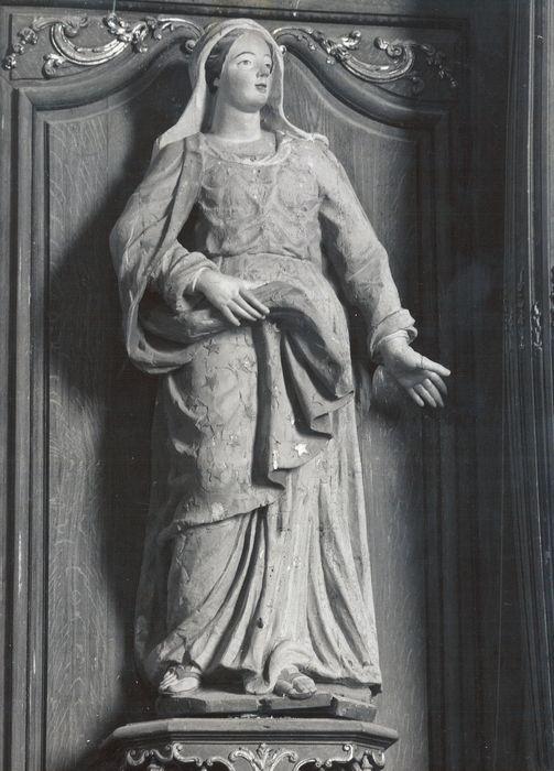 statue : Vierge ou Sainte