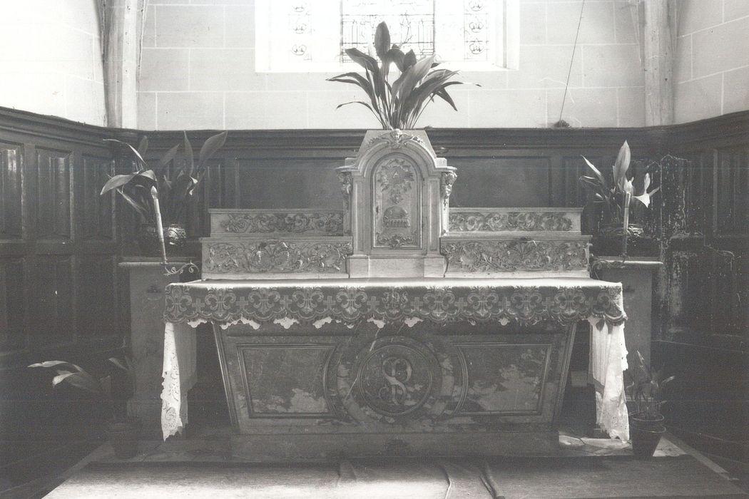 Autel, tabernacle et gradin d'autel