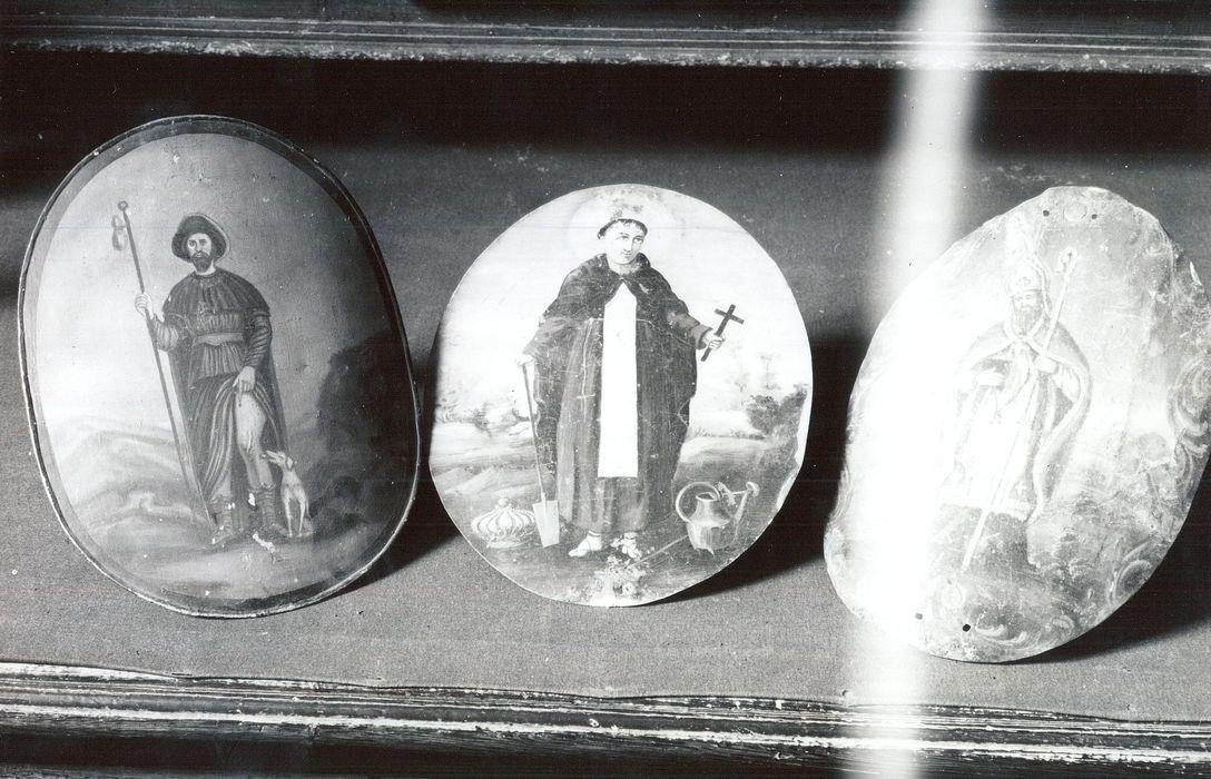 12 panonceaux de cierge (panneaux de protection de porte-cierge) : Saint Roch et saint Fiacre