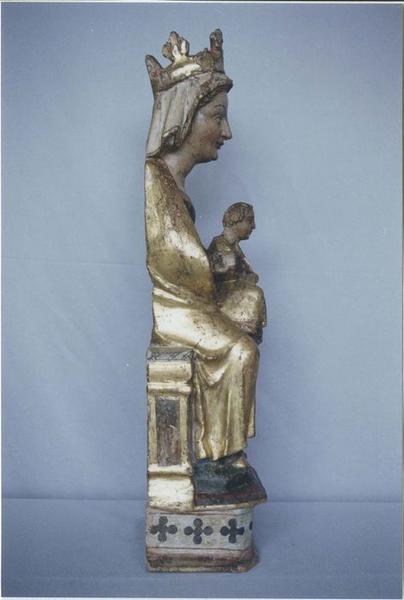 Statue : Vierge à l'Enfant, profil gauche, vue générale
