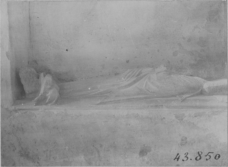 Tombeau de Sicard de Montaigu, évêque de Cahors