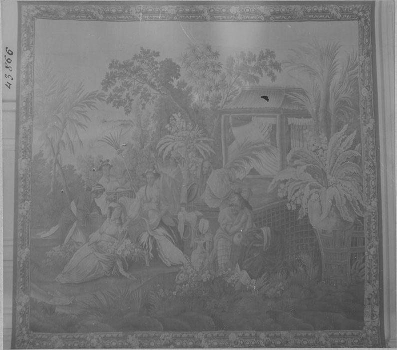 5 pièces murales : la Pêche, marchand d'oiseau (le), seigneur sur un trône (un), princesse aux fleurs (une), danseurs et musiciens
