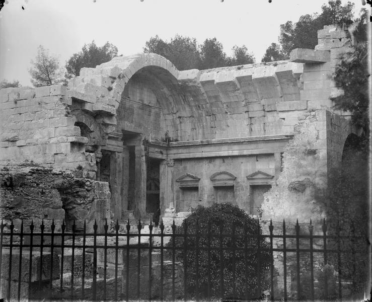 Nymphée ou temple de Diane