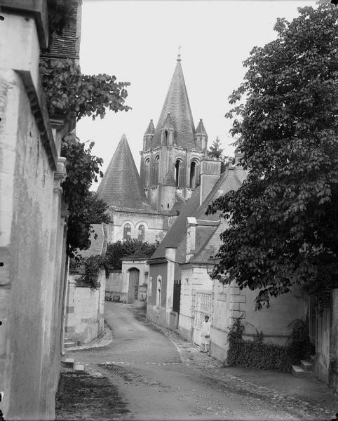 Rue, clocher de la collégiale à l'arrière-plan
