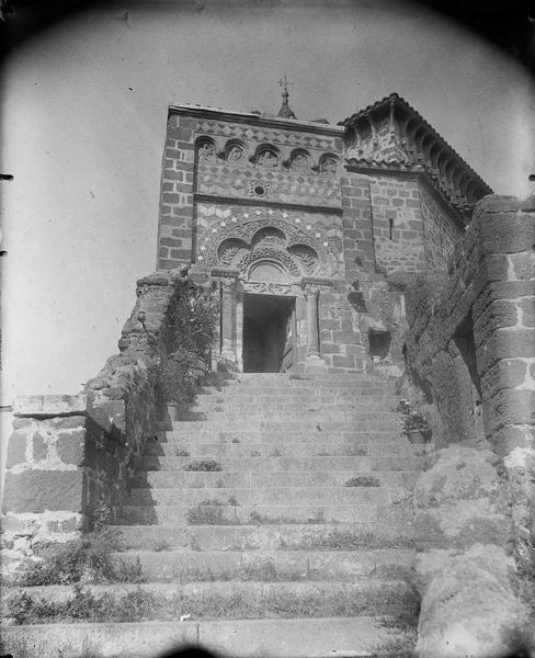Portail et escalier