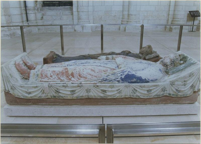 Statue funéraire de Richard 1er dit Coeur de Lion, roi d'Angleterre, vue générale