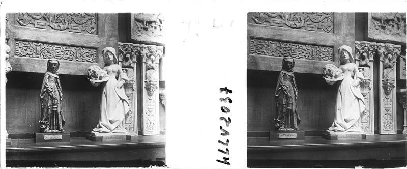 Moulage de la statue de sainte Marthe, dite «sainte Marthe à la Tarasque» et moulage de la statue de Salomé, dite «la Dansarelle» (Chavanac)