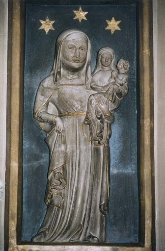 Haut-relief : Sainte Anne portant la Vierge et l'Enfant