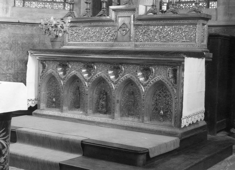 Autel de la chapelle de la Circata, gradin d'autel, tabernacle, ciborium (baldaquin)