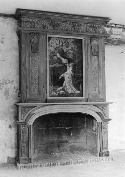 Cheminée, tableau du trumeau : Saint Augustin remettant la règle à saint Norbert, lambris de revêtement