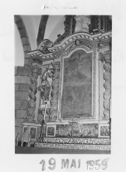 autel secondaire, retable, tableau : La Lapidation de saint Etienne, 2 statues : Saint Jean-Baptiste, La Madeleine, groupe sculpté : L'Education de la Vierge