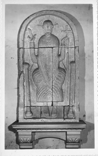 bas-relief : Le Christ en majesté