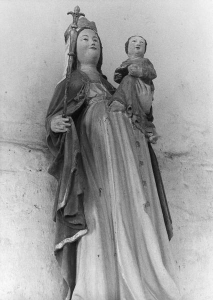 statue : Vierge à l'enfant, chapiteau, vue générale