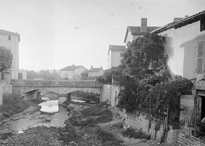 Pont sur le Garon