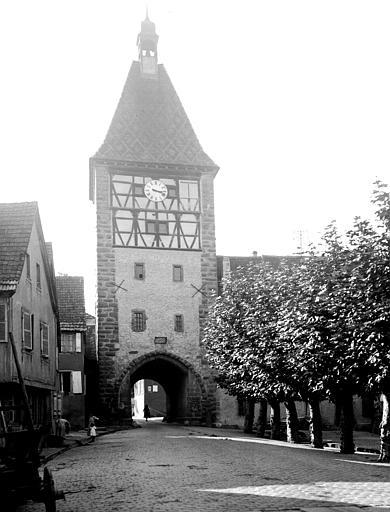 Vestiges des anciennes fortifications