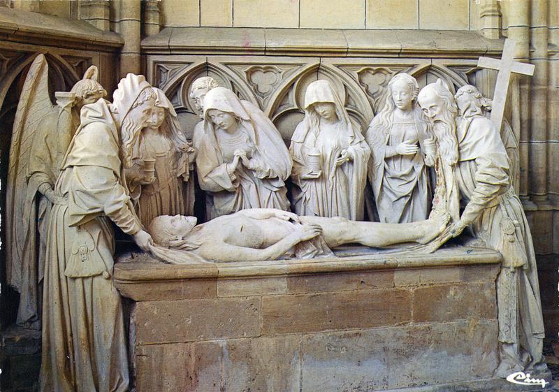Groupe sculpté (grandeur nature) : la Mise au tombeau