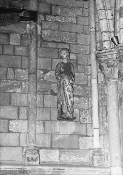 2 statues : Vierge (La), Saint Jean