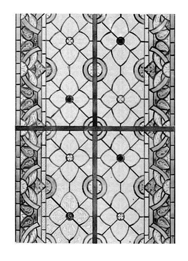 Vitrail, détail d'une baie à motif géométrique