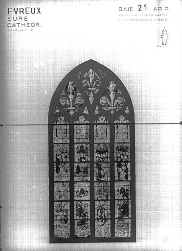 Photomontage de vitrail : baie 21, état après restauration
